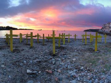Cruces en la playa