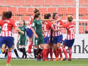 El Atlético celebra un gol ante el Betis