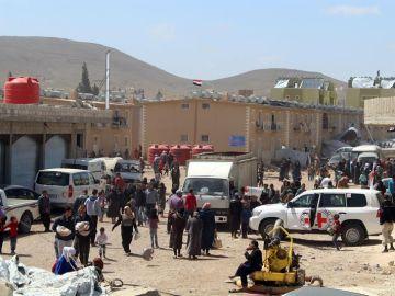 Ciudadanos desplazados de Guta Oriental se refugian en el campo Herielleh