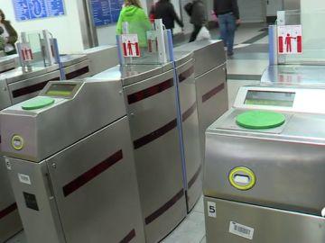 Imagen de archivo de la entrada al metro de Gran Vía en Madrid