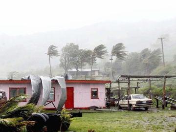 Al menos cuatro muertos por el paso del ciclón tropical Josie en Fiyi