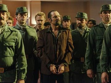 Colombo es detenido tras una primera entrega fallida