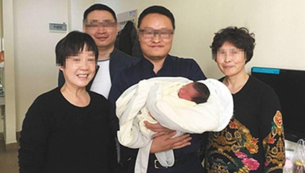 Los cuatro abuelos con Tiantian