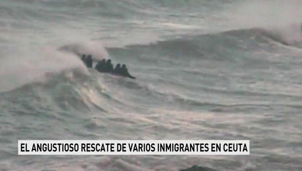 Angustioso rescate de varios inmigrantes en Ceuta