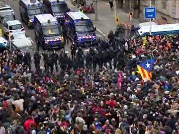 """""""Los CDR pueden llevar a un enfrentamiento civil en Cataluña"""""""