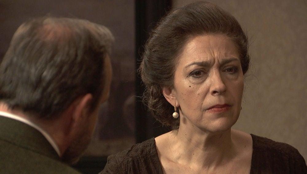Raimundo se enfrenta duramente con Francisca