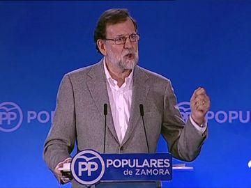 Rajoy anuncia la ampliación de un año más de la tarifa plana de autónomos en pequeños municipios