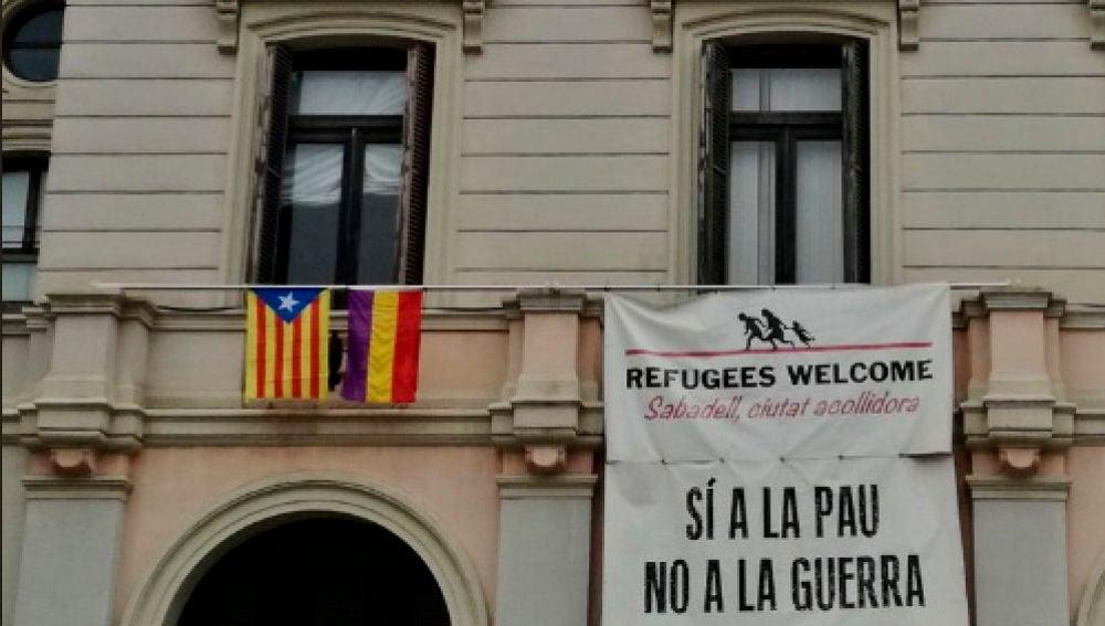 La estelada, en el Ayuntamiento de Sabadell