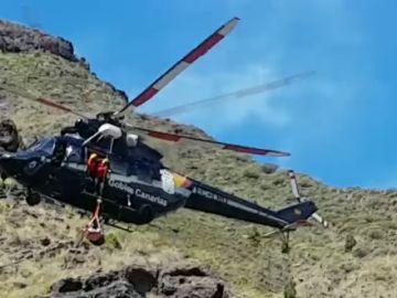 Rescatan a un senderista gravemente herido tras caer en el Risco de Agaete, en Las Palmas