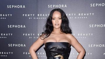 Rihanna en la presentación de Fenty Beauty en Milán