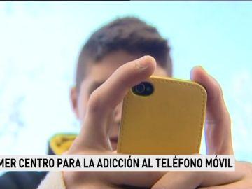 Primer centro para la adicción al teléfono móvil