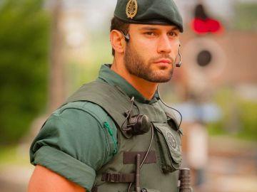 Agente de la Guardia Civil que se ha hecho viral en Twitter
