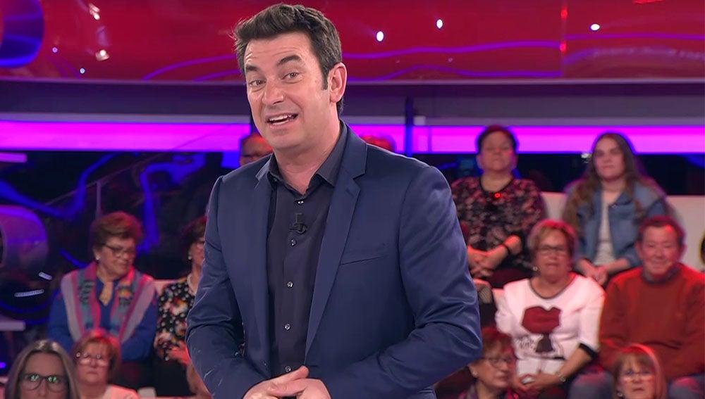 La propuesta de Arturo Valls para celebrar una luna de miel por todo lo alto
