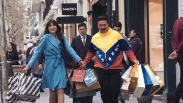 Maduro y Andrea, felices de compras por Madrid