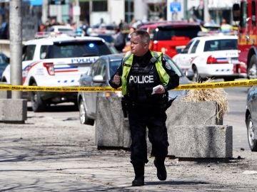 Un agente de la Policía canadiense