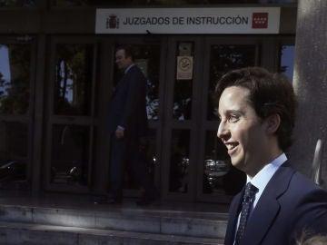Nicolás Gómez Iglesias, conocido como el pequeño Nicolás, a su llegada  a los juzgados de Plaza de Castilla.