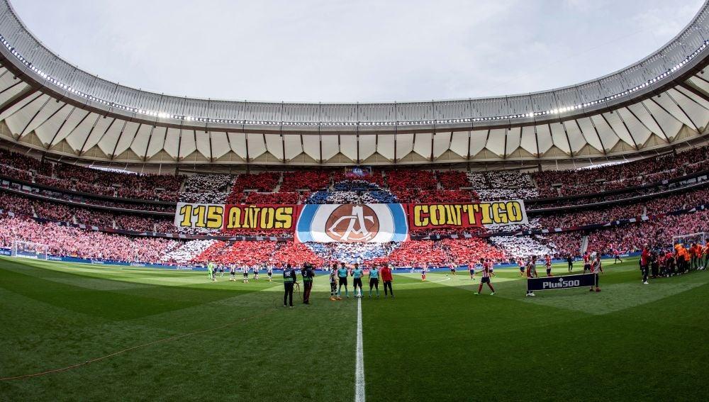 Tifo de los 115 años de historia del Atlético