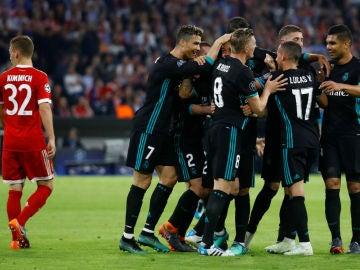 El Real Madrid celebra un gol ante el Bayern