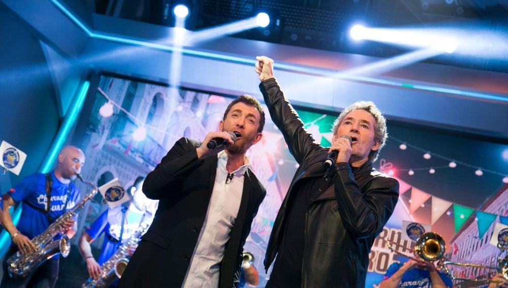 Miguel Ríos canta con una charanga en 'El Hormiguero 3.0'
