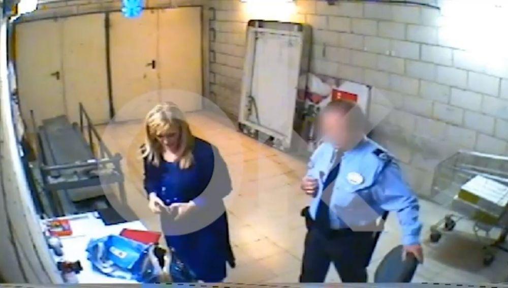 VÍDEO: Acusan a Cristina Cifuentes de robar en un supermercado en 2011