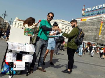 Profesores y estudiantes del movimiento 'La Uni en la calle'