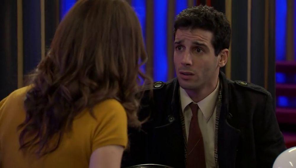 Ignacio le confiesa a María su secreto sobre Charo