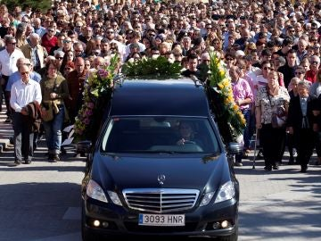Funeral en la localidad zamorana de Tábara por Leticia Rosino