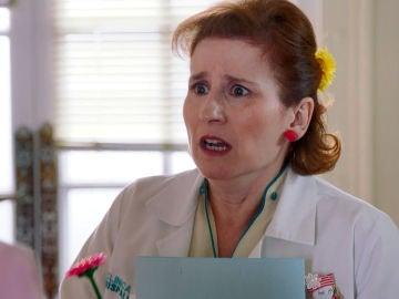 Carmen pone a prueba a Dolores para que confiese su traición