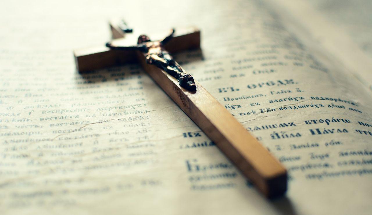 """El Arzobispado de Granada advierte de un """"falso sacerdote"""" que realiza misas"""
