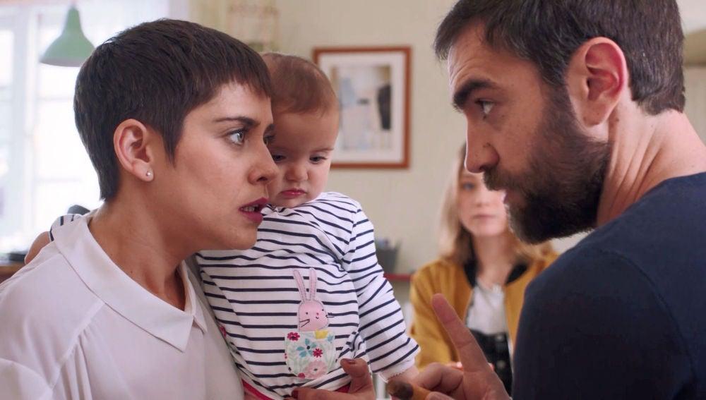Carmen se desespera con las exigencias de Iñaki para encontrar niñera