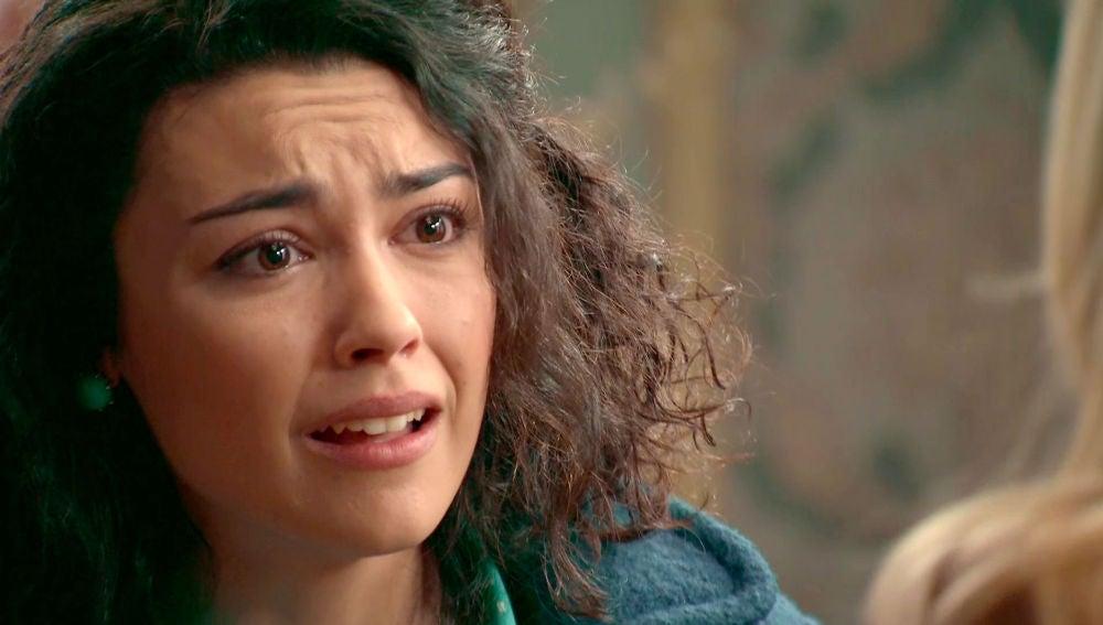 Belén, horrorizada, descubre las comprometidas fotos de Charo con Tuñón
