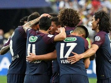Los jugadores del PSG celebran un gol en la final de Copa