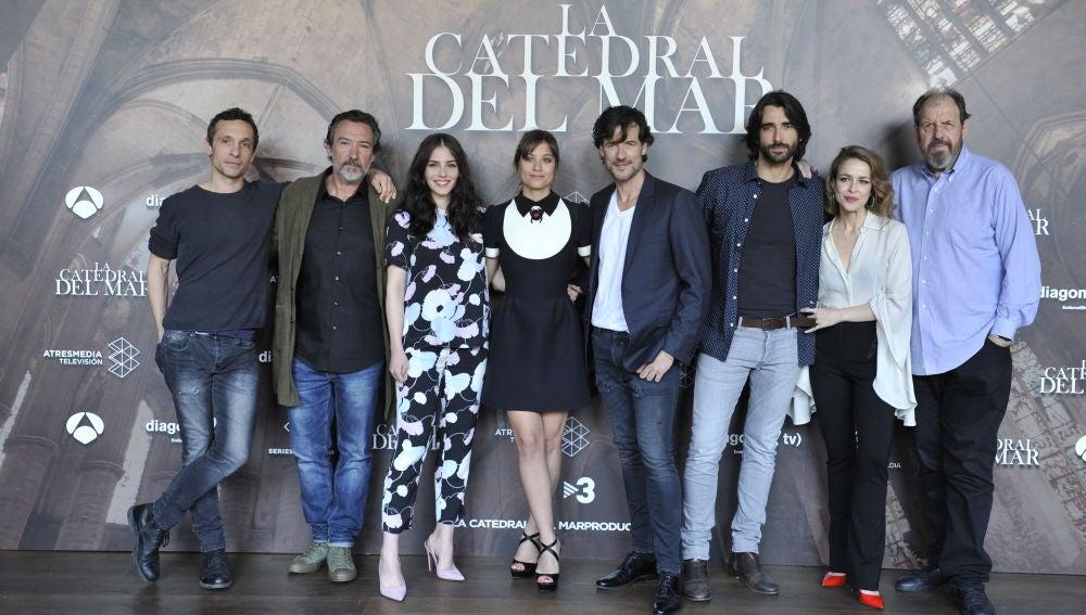 Los protagonistas de 'La Catedral del Mar'