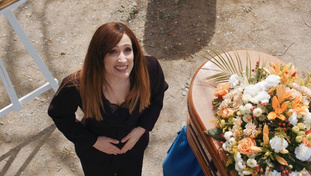 El triste entierro de Efe con una gran sorpresa incluida