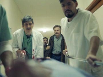 """Darío Castro, muy preocupado por el estado de un paciente: """"¡Lo tiene que salvar como sea!"""""""