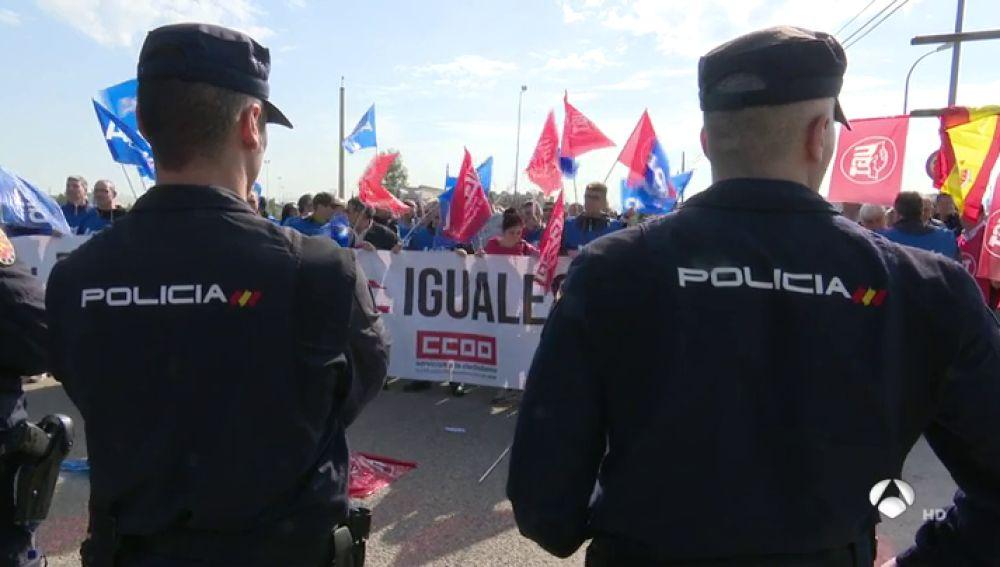 Funcionarios de prisiones se manifiestan en Madrid para pedir igualdad salarial