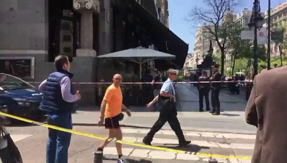 Cortada y desalojada la calle Alcalá de Madrid por un escape de gas