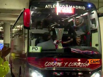 Así de contento dejaba el Atlético de Madrid el Stade de Lyon tras ganar la Europa League