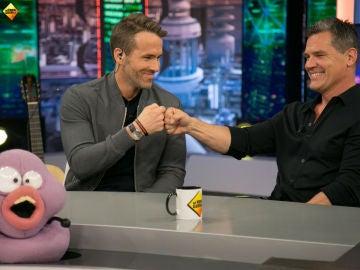 Petancas y Barrancas organizan el 'Campeonato Mundial de No Parpadear' con Ryan Reynolds y Josh Brolin