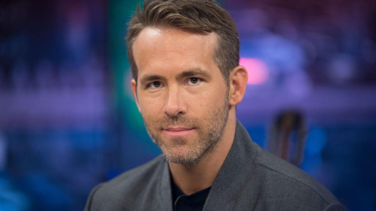 El Extraño Tono De Cara De Ryan Reynolds