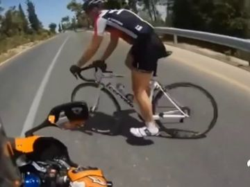 """Los conductores también se cansan de la actitud de algunos ciclistas: """"Tienen que respetar más el tráfico"""""""