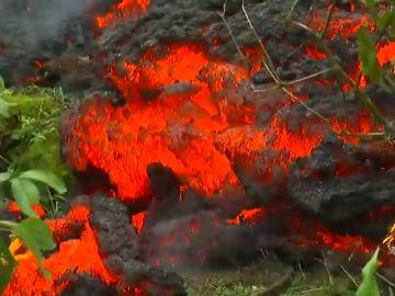 El volcán Kiluaea continúa activo y lanza cenizas de 9.000 metros de altura