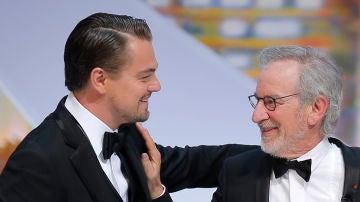 Leonardo DiCaprio y Steven Spielberg