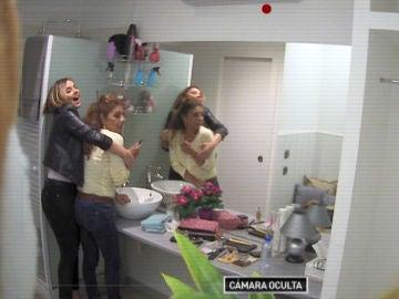 Chenoa y Lolita revelan el altercado que han sufrido en el camerino de 'La noche de Rober'
