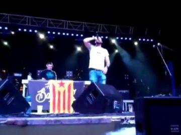 """El rapero Valtonyc será denunciado ante la Fiscalía por animar desde un escenario a matar """"un puto guardia civil"""""""