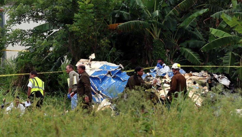 Partes del avión accidentado