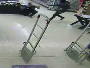 Los Mossos desarticulan una banda criminal que robaba en comercios