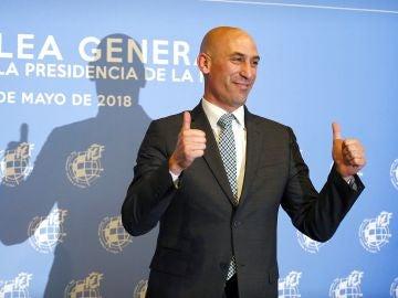 Luis Rubiales, tras ganar las elecciones a la RFEF
