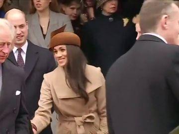 El príncipe Carlos llevará a Meghan Markle hasta el altar en la boda con el príncipe Harry