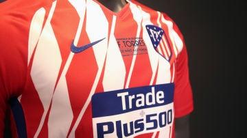 Camiseta de homenaje a Torres